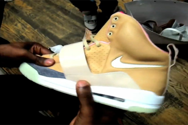 """Kanye West x Louis Vuitton & Nike """"Toys R Us"""" Preview"""