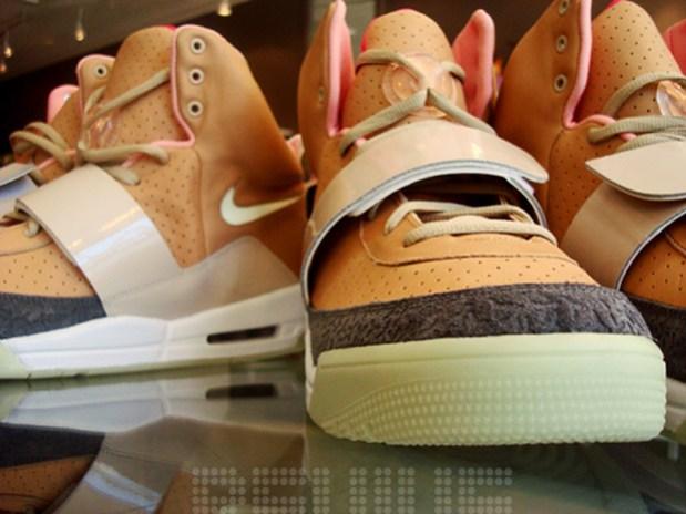 Nike Sportswear Air Yeezy Net/Net Preview