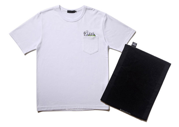 OriginalFake Pocket T-Shirts & Chompers Towel