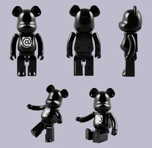 Bandai x MEDICOM TOY Bearbrick Chogokin 200% Black