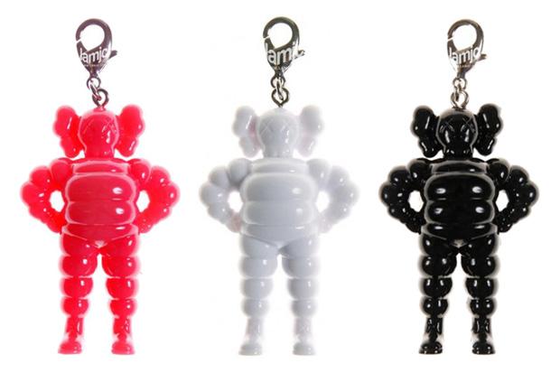 KAWS Chum Key Holder
