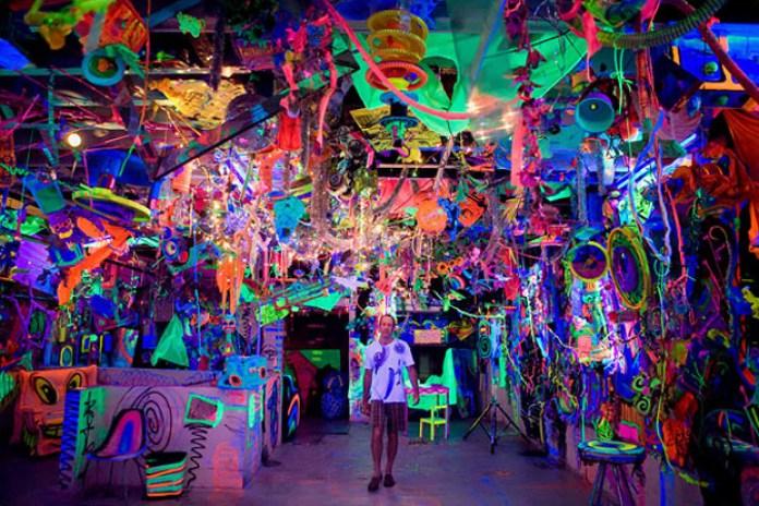 "Kenny Scharf ""Cosmic Cavern"""