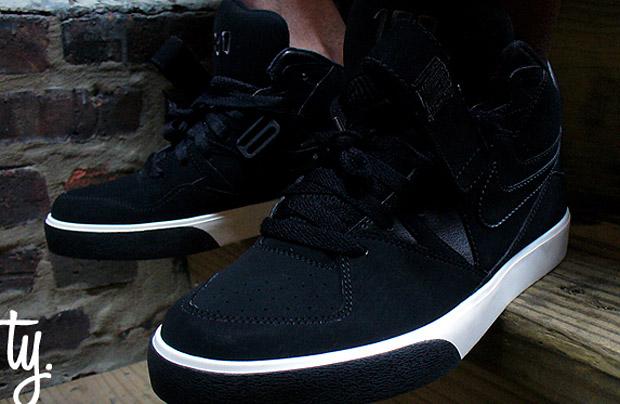 Nike Auto Force Black/White Colorway