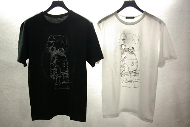 OriginalFake No Future Companion T-Shirt