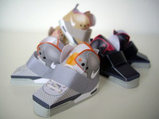 Paper Nike Air Yeezy by Filippo Perin