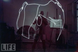 Picasso: Drawing With Light