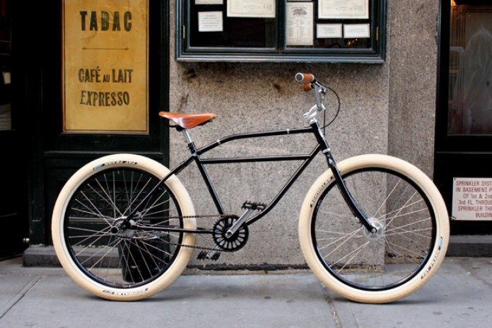 Core77 presents The Dutch Master Limited Edition Bicycle