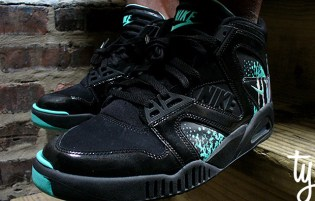 Nike Air Tech Challenge Hybrid Black/Tiffany