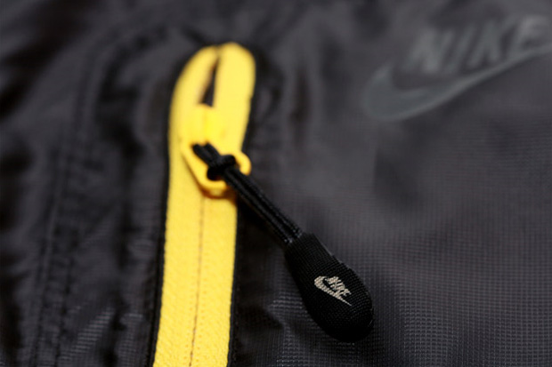 Nike Sportswear Undefeated Exclusive Firefly Jacket