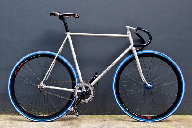 Carnival Tokyo x Kinfolk Fixed Gear Bike