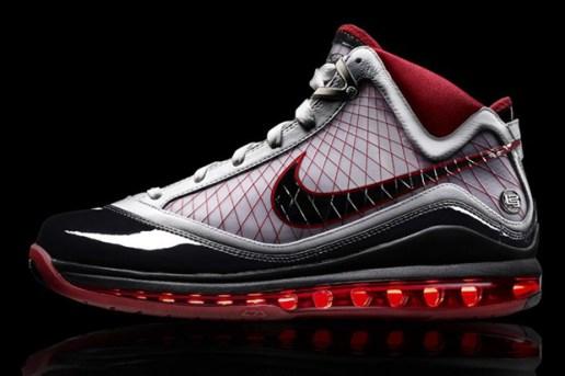 Nike Air Max LeBron VII