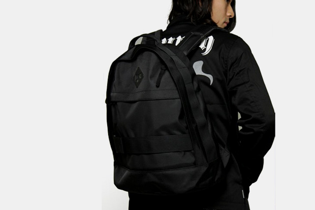 Bounty Hunter Tonal Backpack & Pouch