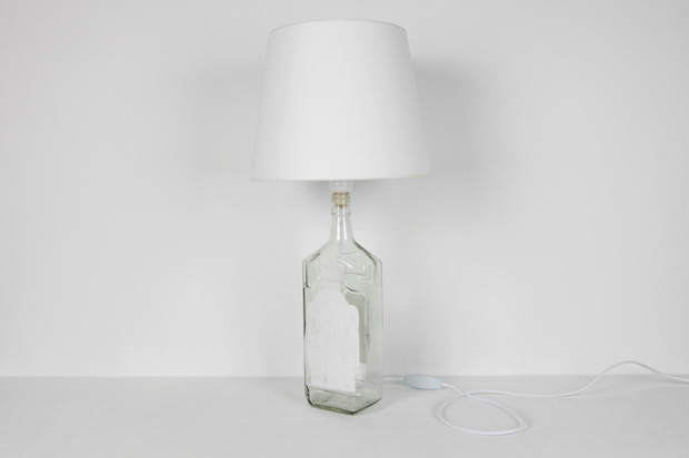 """Maison Martin Margiela Line 13 2009 Fall/Winter """"White Objects"""" Collection"""