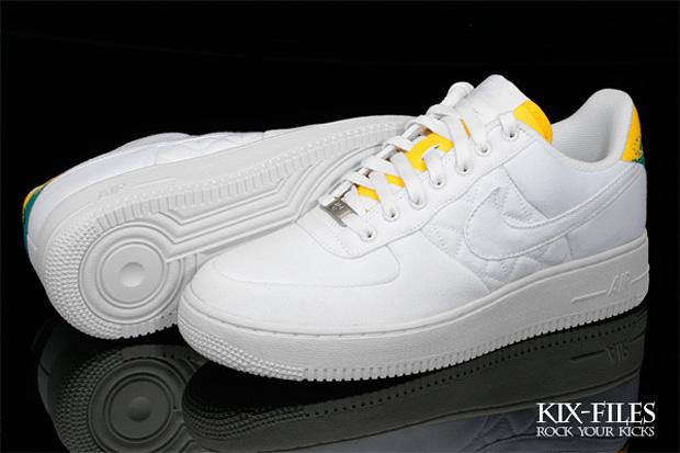 Nike Sportswear Air Force 1 White Canvas Tennis Pack