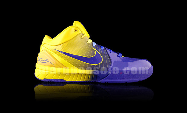 "Nike Zoom Kobe IV ""4 Rings"" Quickstrike"