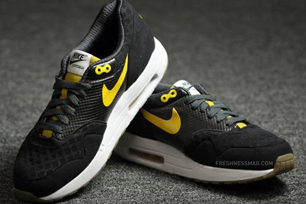 Nike Sportswear 2010 Spring Air Maxim 1 Torch