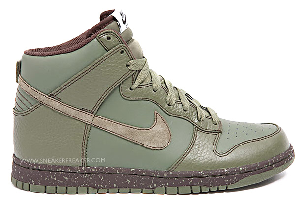 "Nike Sportswear ""Urban Haze"" Dunk Hi"