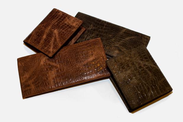 COMME des GARCONS Croc Wallets