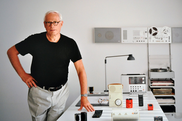 """Dieter Rams """"Less and More"""" Exhibition @ Design Museum"""