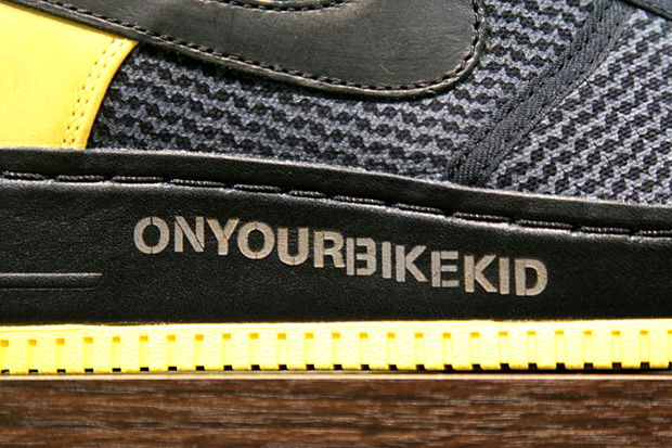 "Undefeated x Nike Sportswear Air Force 1 Supreme Low ""LIVESTRONG"""