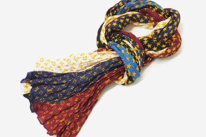 Louis Vuitton Monogram Star Stole Scarf