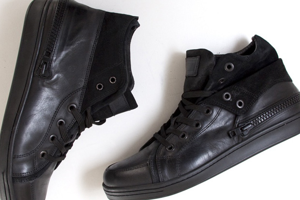 Oak Black Foldover Mid-top Sneaker