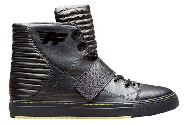 PF Flyers 2009 Holiday Astor Sneakers