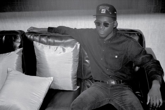 Theophilus London feat. Jesse Boykins III - Humdrum Town