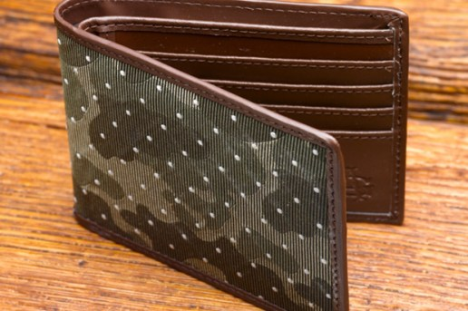 Acapulco Gold 2009 Holiday Collection Wallet