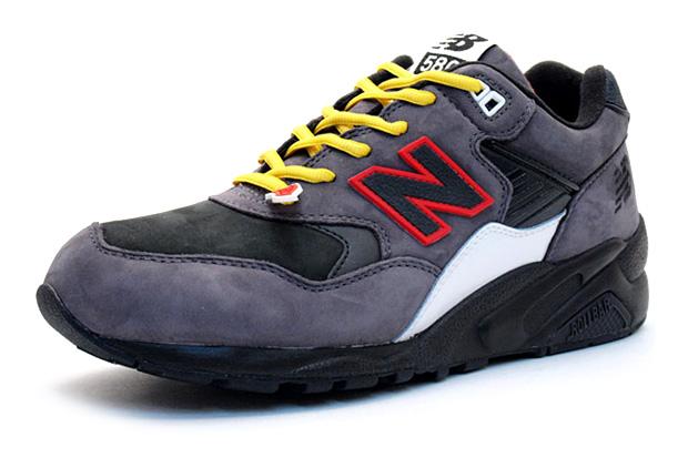 mita sneakers x HECTIC x New Balance MT580