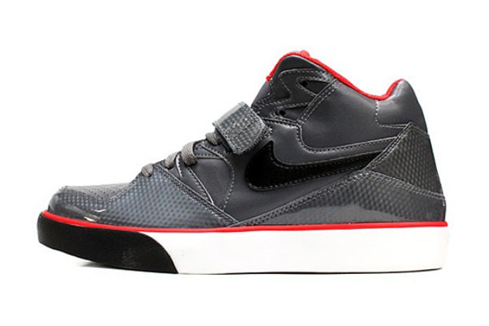 Nike Sportswear 2009 Holiday Collection Auto Force 180