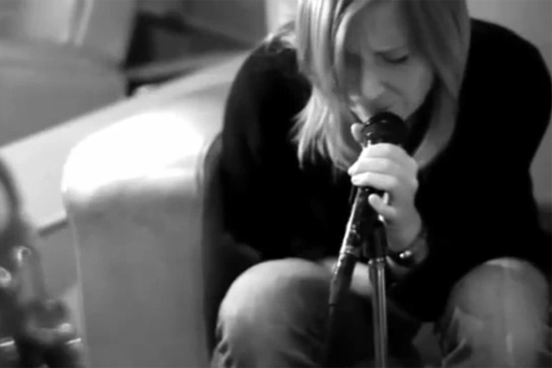 Portishead - Chase The Tear (Video)