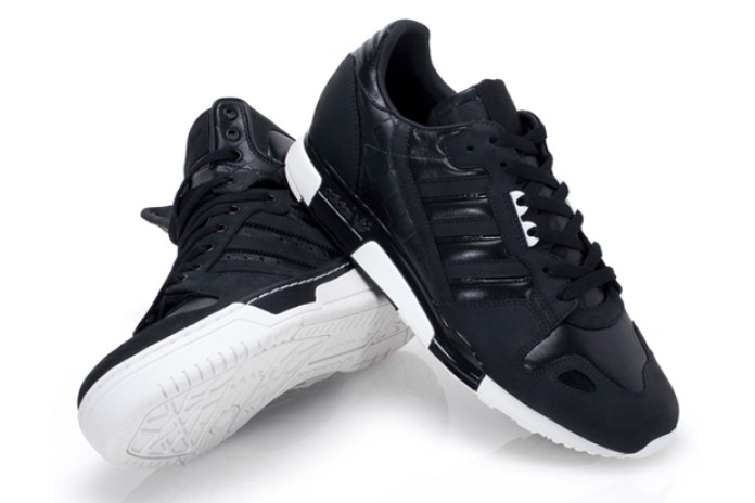 adidas Originals 2010 Spring Black Pack