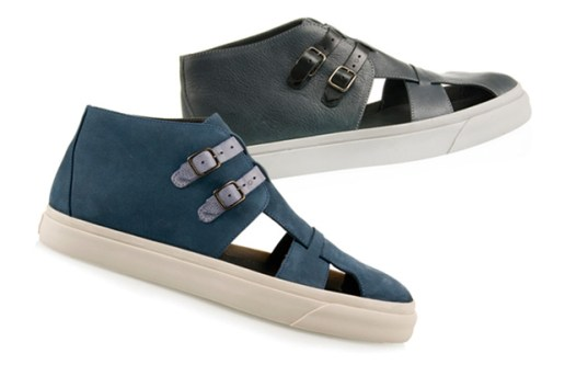 b Store 2010 Spring/Summer Sandal Sneakers