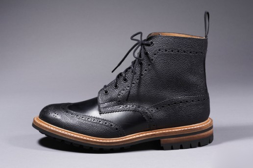 BLACKHIST by DIAFVINE x Tricker's Brogue Country Boots