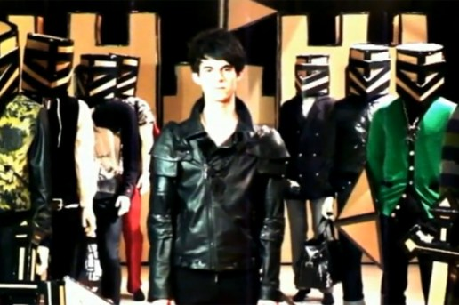 "Jean-Charles De Castelbajac ""Paris by Knight"" 2010 Fall/Winter Collection Video"
