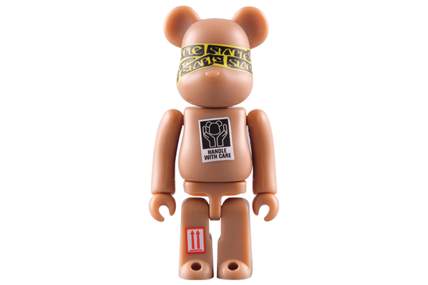 STAPLE x MEDICOM TOY BEARBRICK 100% / 400%