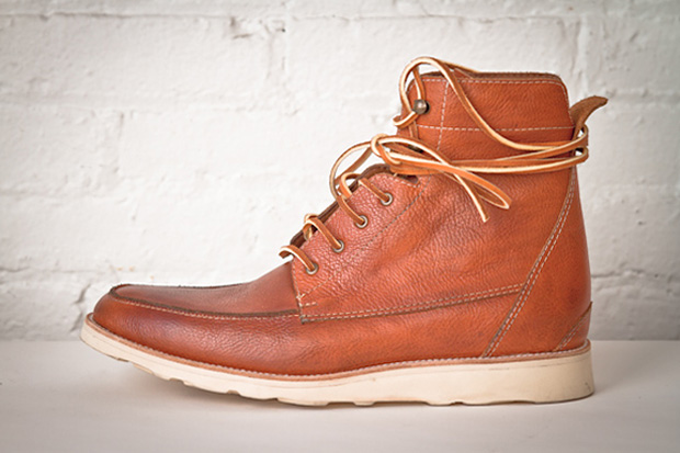 Esquivel 2010 Fall/Winter Boots Preview