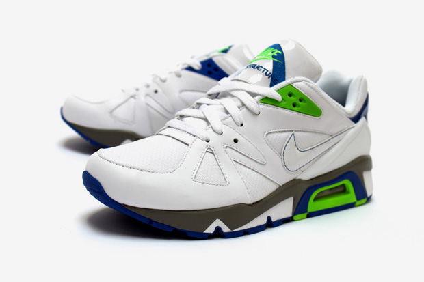 Nike 2010 Spring Air Structure