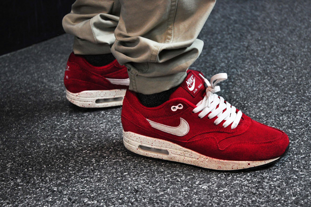 Streetsnaps: Red Air Max 1's