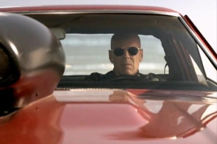 Gorillaz feat. Mos Def & Bobby Womack – Stylo (Starring Bruce Willis)