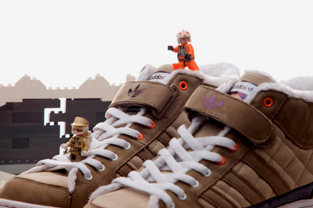 "CLOT x Star Wars x adidas Originals ""Hoth"" Super Skate High"