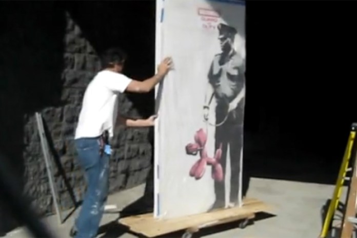 """Banksy """"Guard On Duty"""" Removed"""