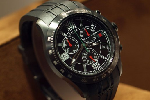 Gucci Classic Chronograph Watch