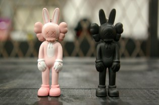 OriginalFake x Medicom Toy KAWS Accomplice Key Holder