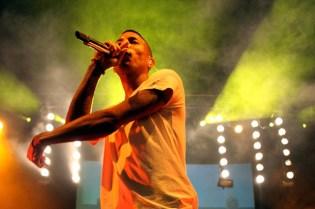 N.E.R.D. featuring Nelly Furtado – Hot N' Fun