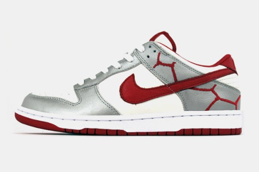 Nike (PRODUCT)RED Dunk Low iD