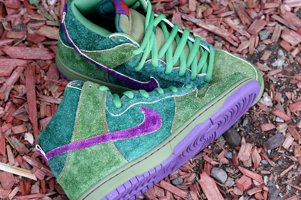 "Nike SB Dunk High Premium ""Skunk"""