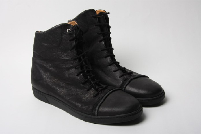 SILENT 2010 Spring/Summer Leather Sneaker Collection