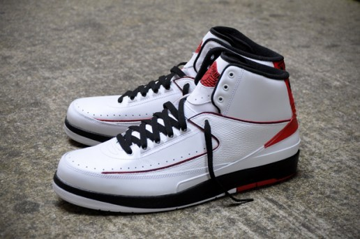 Air Jordan 2 Retro White/Black-Varsity Red - A Closer Look